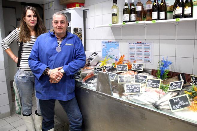 Jade Mira est poissonnière à Sisteron