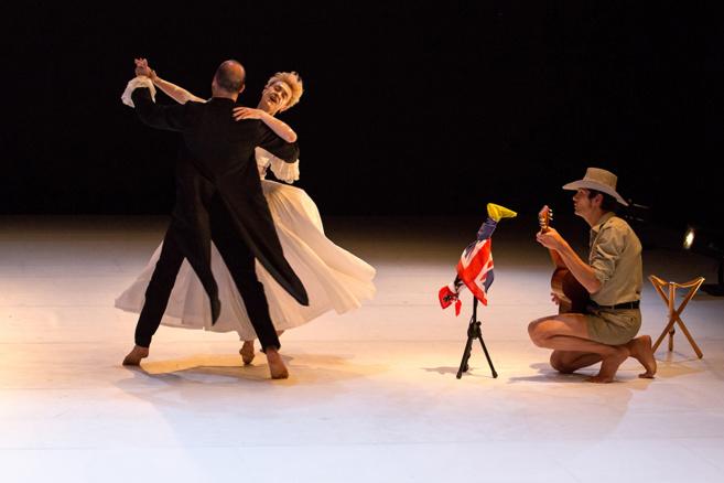 « AU », une majestueuse rencontre entre deux corps au Théâtre Durance !
