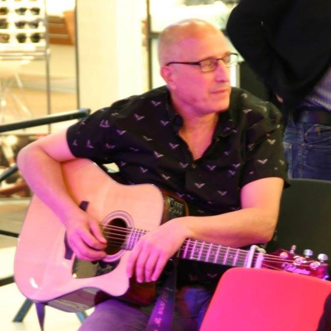Gilles Rey en live acoustique sur Mistral