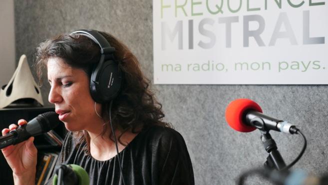Sindie Martinez interprète Farouche Devah