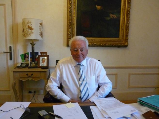 vacances scolaires : le maire de sisteron en visite dans les écoles !