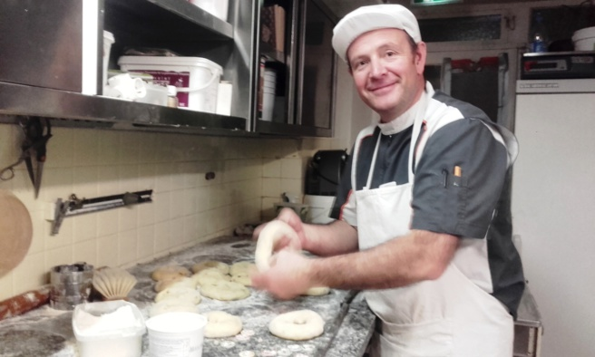 À Saint-André-les-Alpes, les brioches et galettes des rois solidaires de la pâtisserie Comte