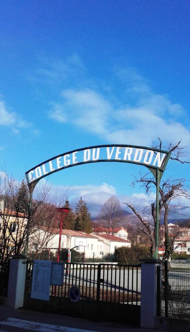 Trois collèges du 04 sont inquiets. Ils sont en grève demain.
