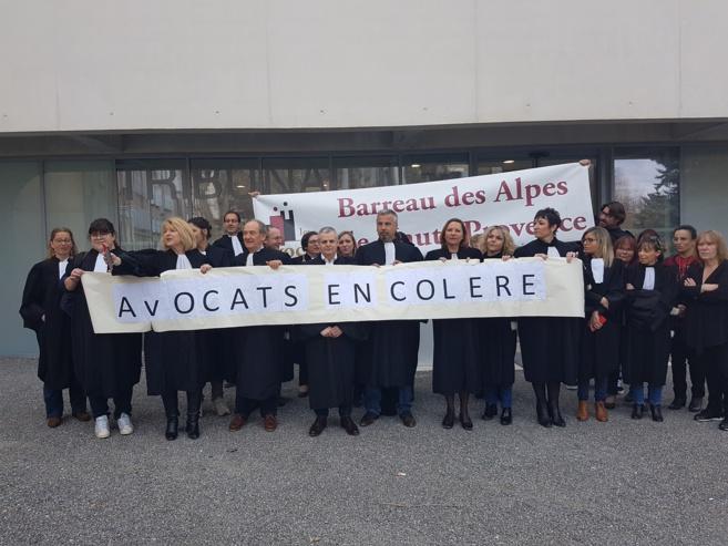 Le barreau des Alpes de Haute-Provence s'inscrit dans la grève nationale !
