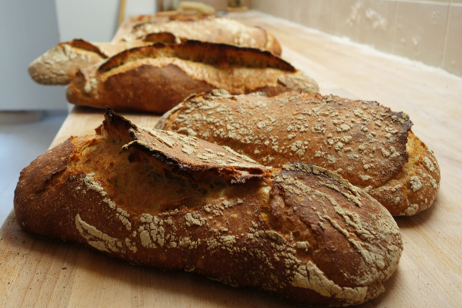 A Gap, déjeuner et conversation autour du pain…