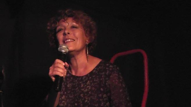 Rencontre avec Carol Battistini auteure et interprète
