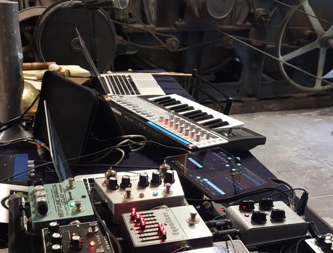 Rencontre sonore avec Loïc Guénin - A Web, A Limb, A Wire