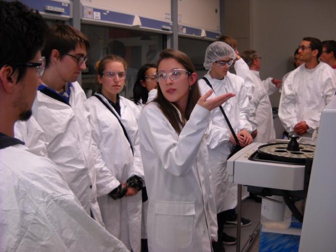 Des futurs ingénieurs en visite à Sanofi-Sisteron