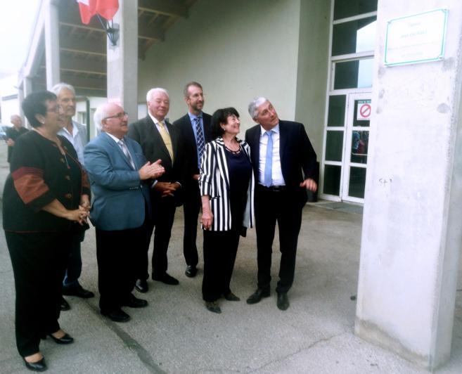 Château-Arnoux-Saint-Auban rend hommage à José Escanez
