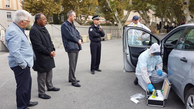 Renforcer le lien police-citoyens