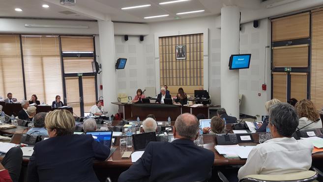 Le 04 évoque son budget et défend les services publics