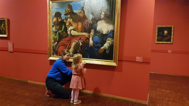 Découvrir les richesses du musée dès l'âge de deux ans