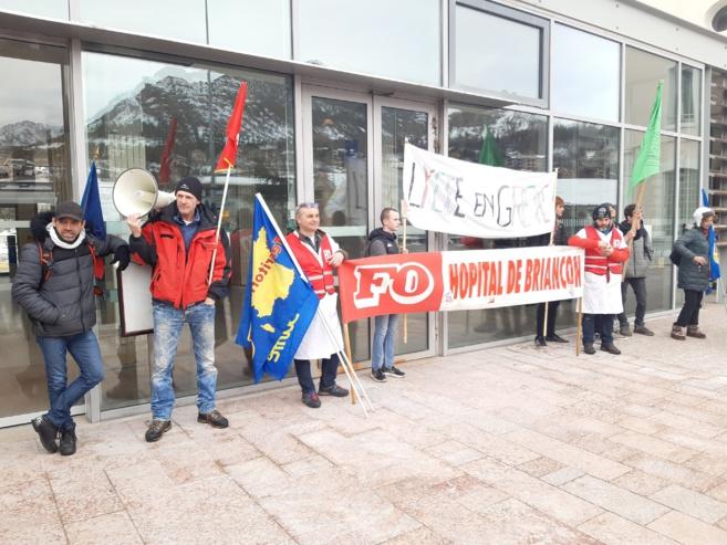 Briançon a manifesté contre le projet de réforme des retraites Delevoye-Macron !