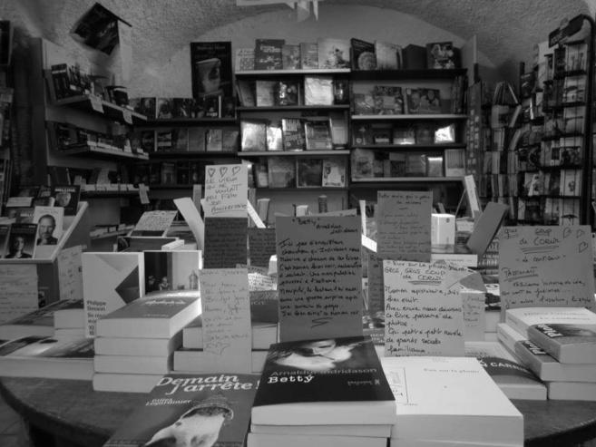 Riez: la librairie Jaubert livre journaux et romans