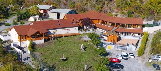 Un lieu incontournable dans les Hautes-Alpes: Apiland !