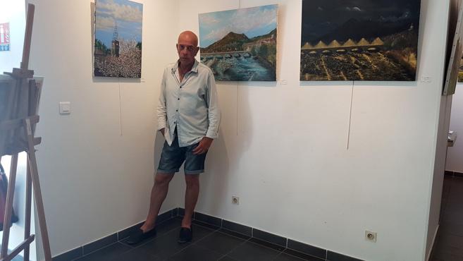 Digne : Frédéric Martin peint et expose sa ville à l'Atrium
