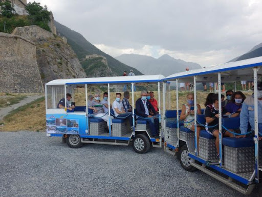 Un petit train touristique gratuit à Briançon !