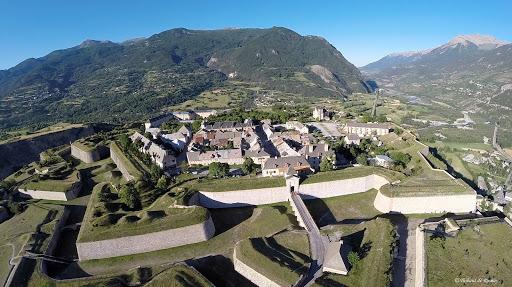 """Le Centre des monuments nationaux - Place forte de Mont-Dauphin participe au partenariat """"Monumental"""""""