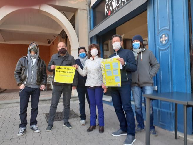 Des artistes qui font face à Sisteron !