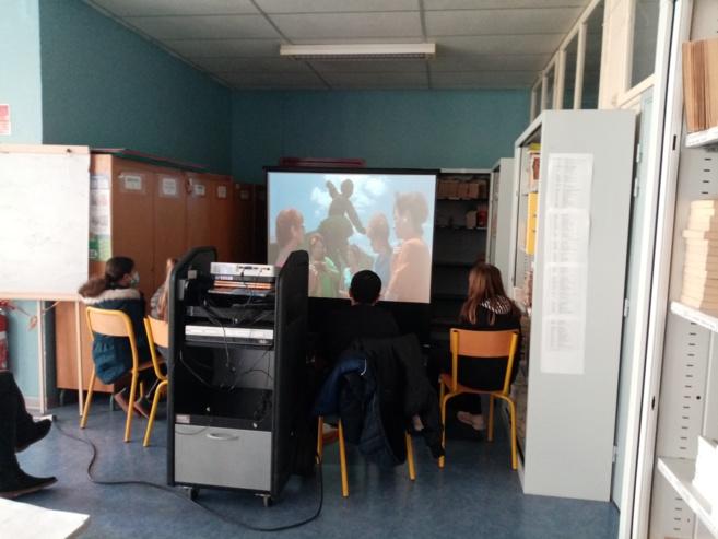 Visionnage de film au CDI du collège du Mont d'Or