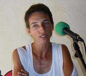 Alexandra Petitot propose de la verveine sur les marchés mais a aussi besoin de fonds pour créer sa société.