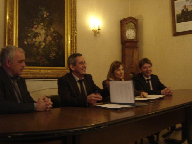 A Castellane, signature d'une importante convention avec l'Etat pour la revitalisation de la commune.