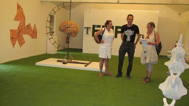 L'exposition de Nicolas Rubinstein « Quand j'aurai du vent dans mon crâne » met des ossements en art et espace