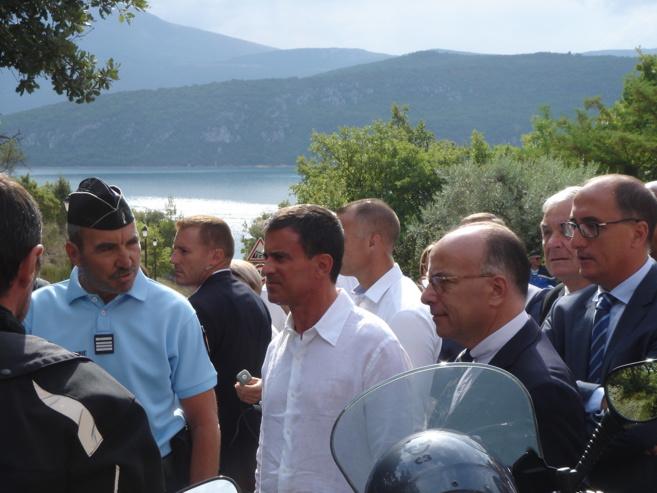 Manuel Valls et Bernard Cazeneuve, visite ministérielle à deux voix dans le Verdon
