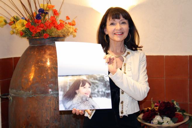 Une sisteronaise édite un calendrier glamour et élégant entre Alpes et Provence !
