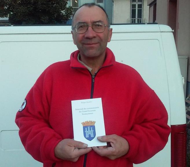 Philippe Chevallier publie un livre sur les blasons du Briançonnais