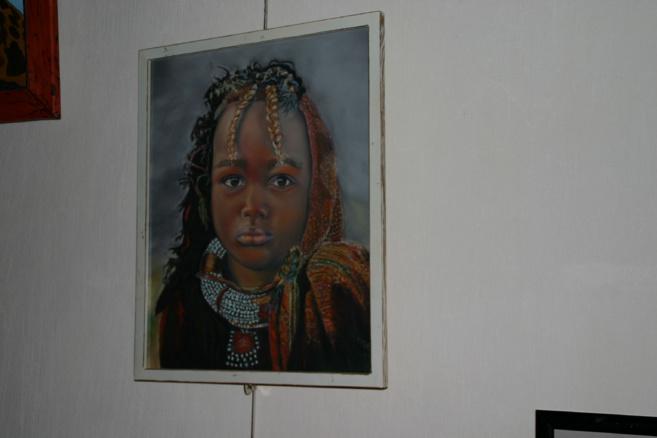 Deux artistes pour une exposition originale et colorée