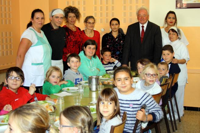 300 repas sont servis chaque jour au restaurant scolaire de Sisteron !