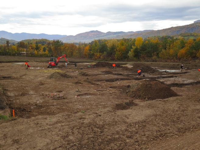 Un site préhistorique dévoile ses mystères dans la plaine de Lachaup