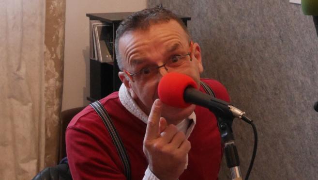 Depuis 20 ans Augustin le clown déambule dans le 04