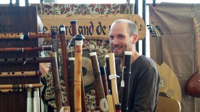 Julien Lansimaki,  profession : Marchand de notes