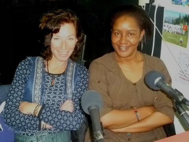 Susannah Wright (animatrice Fréquence Mistral) et Hiba Eisa