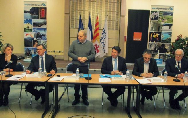 Mobilisation et union pour le déploiement de la fibre optique