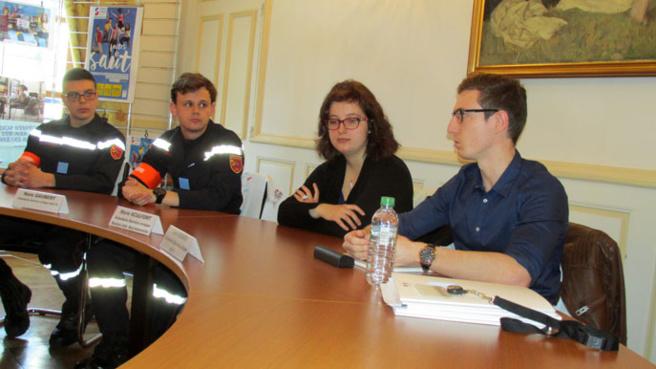 La Préfecture de Digne encourage le service civique pour les jeunes.