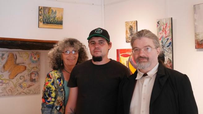 Trois artistes ayant du bleu à l'âme exposent à Digne