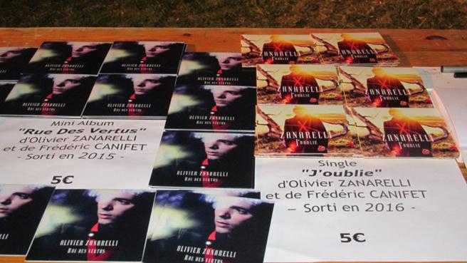 L'artiste Olivier Zanarelli était en Concert à Digne-les-Bains Scène de la Gravière