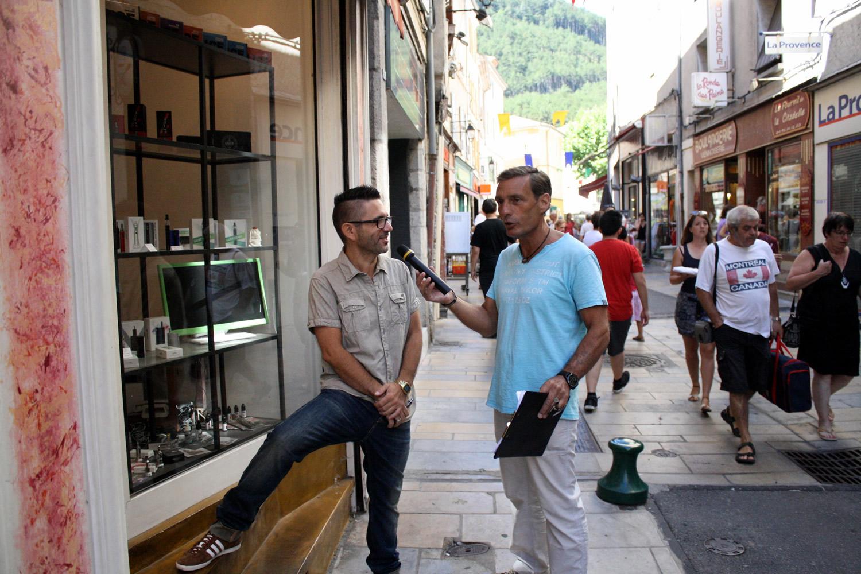 Belle réussite pour la braderie d'été de L'APACS à Sisteron