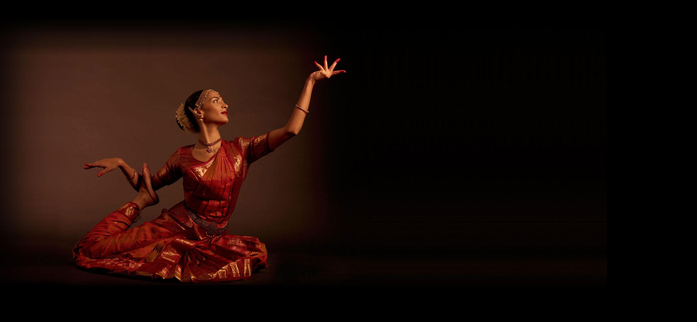 La danse indienne s'invite dans les bistrots de pays du 05