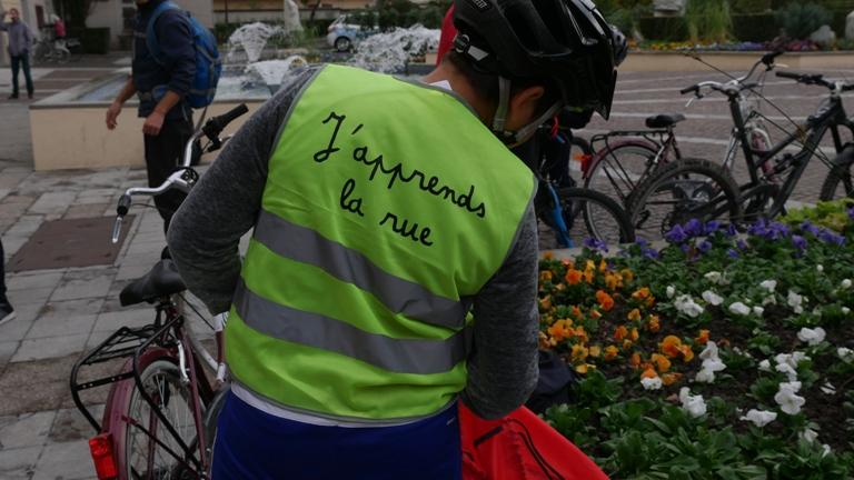 A vélo mais en toute sécurité…