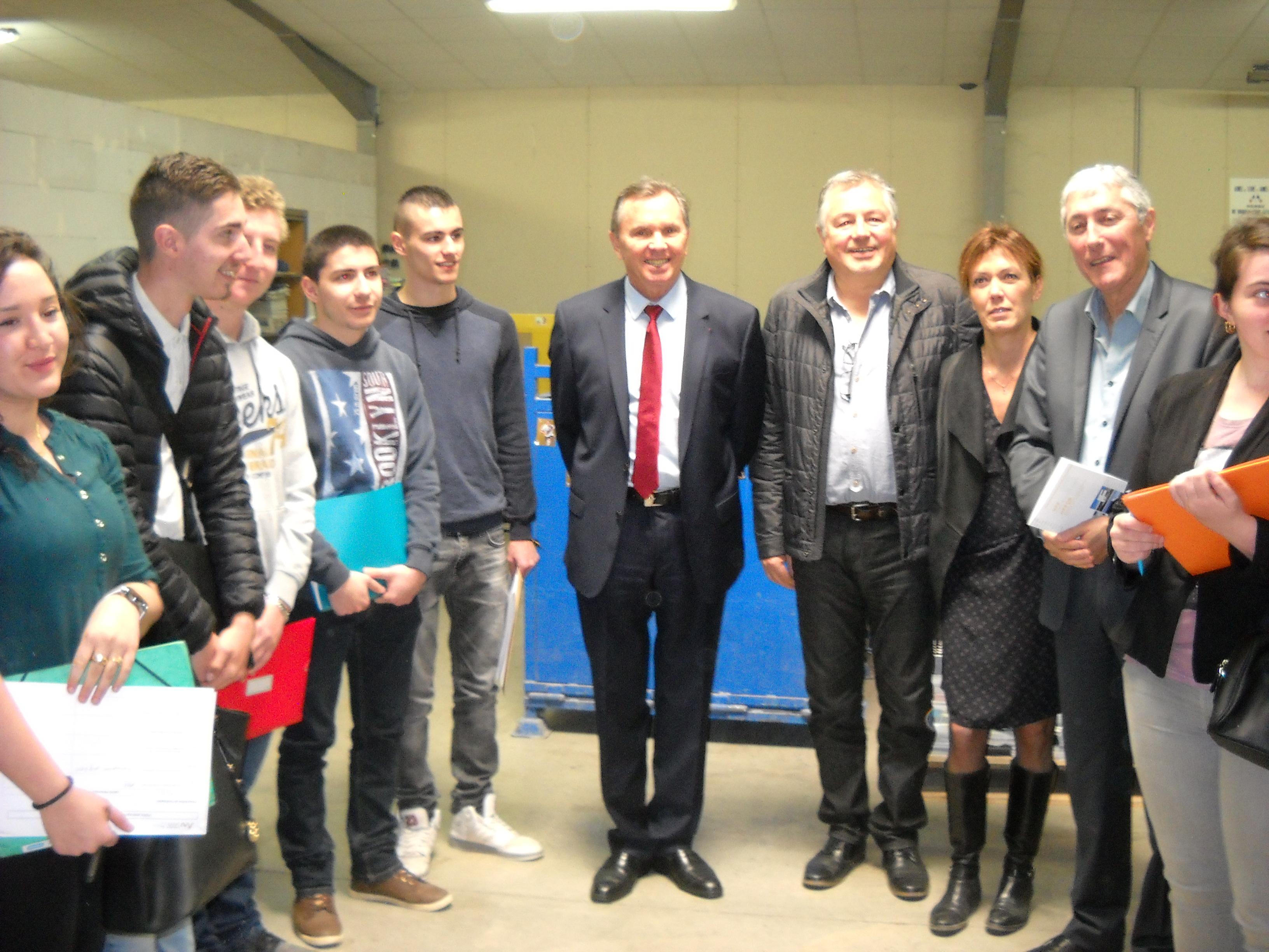 Mission Locale emmène des jeunes au cœur de l'entreprise à Peyruis