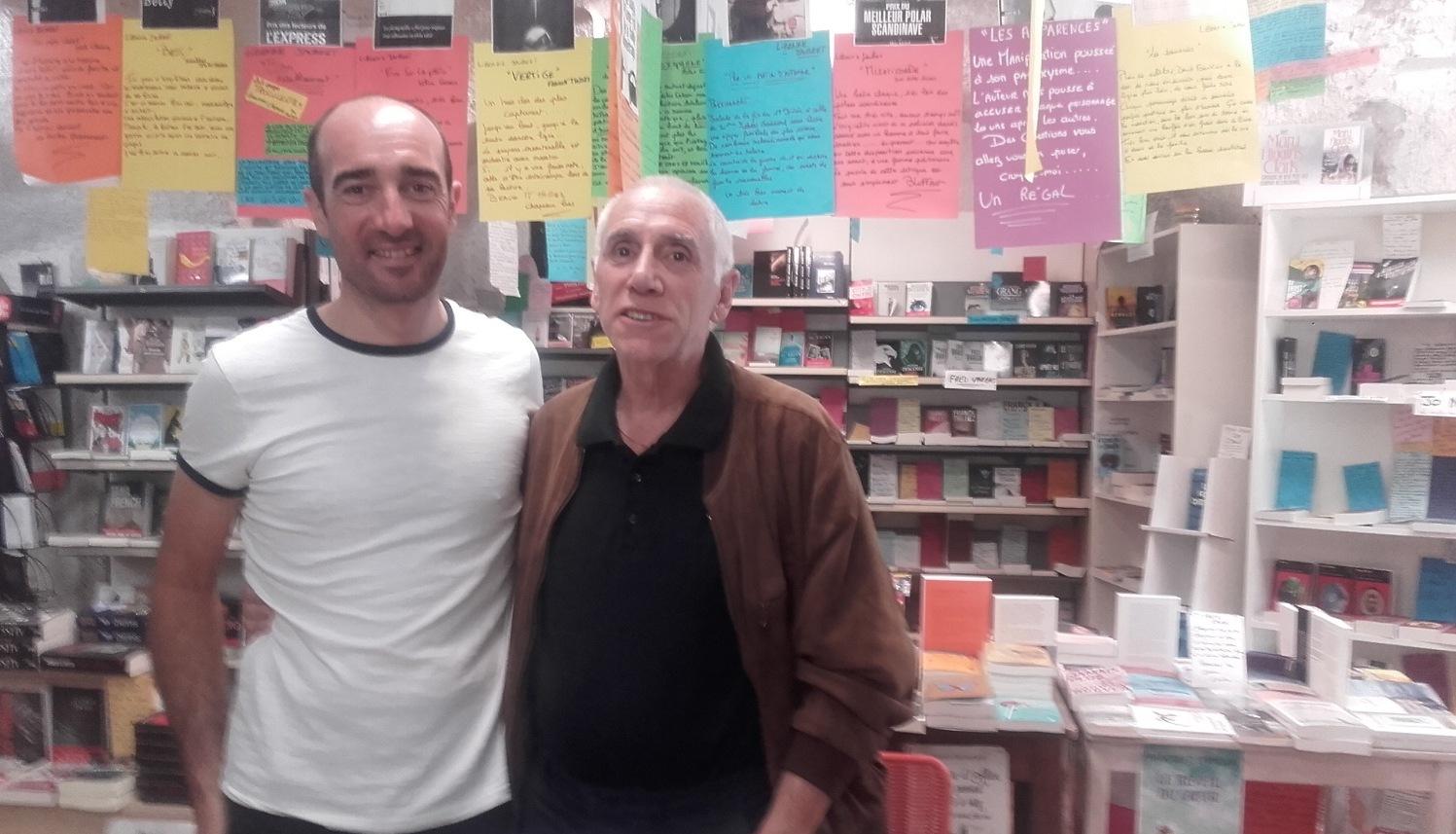 """René Frégni signait """"Les vivants au prix des morts"""" à la librairie Jaubert"""