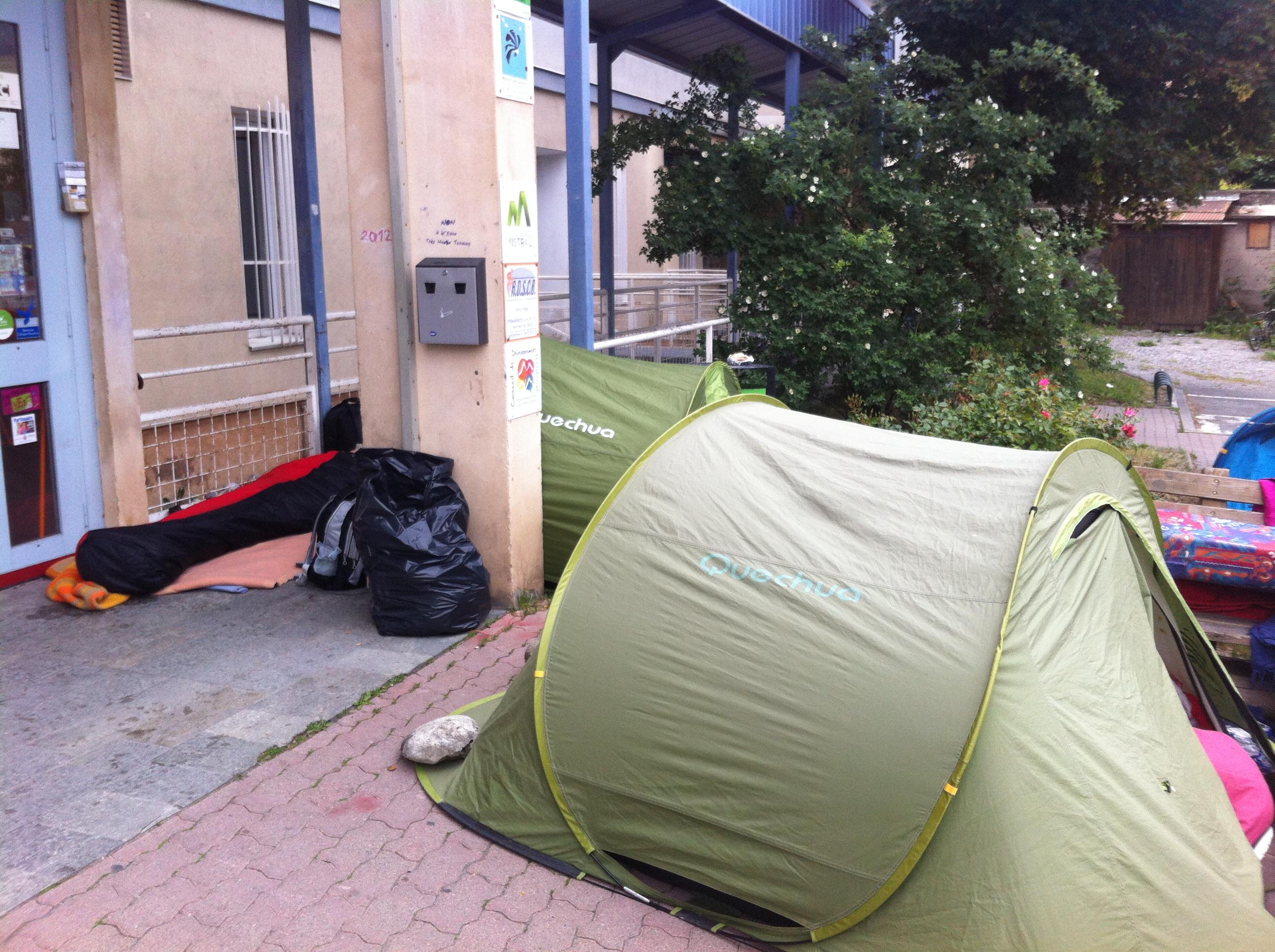 La grève de la faim continue à Briançon