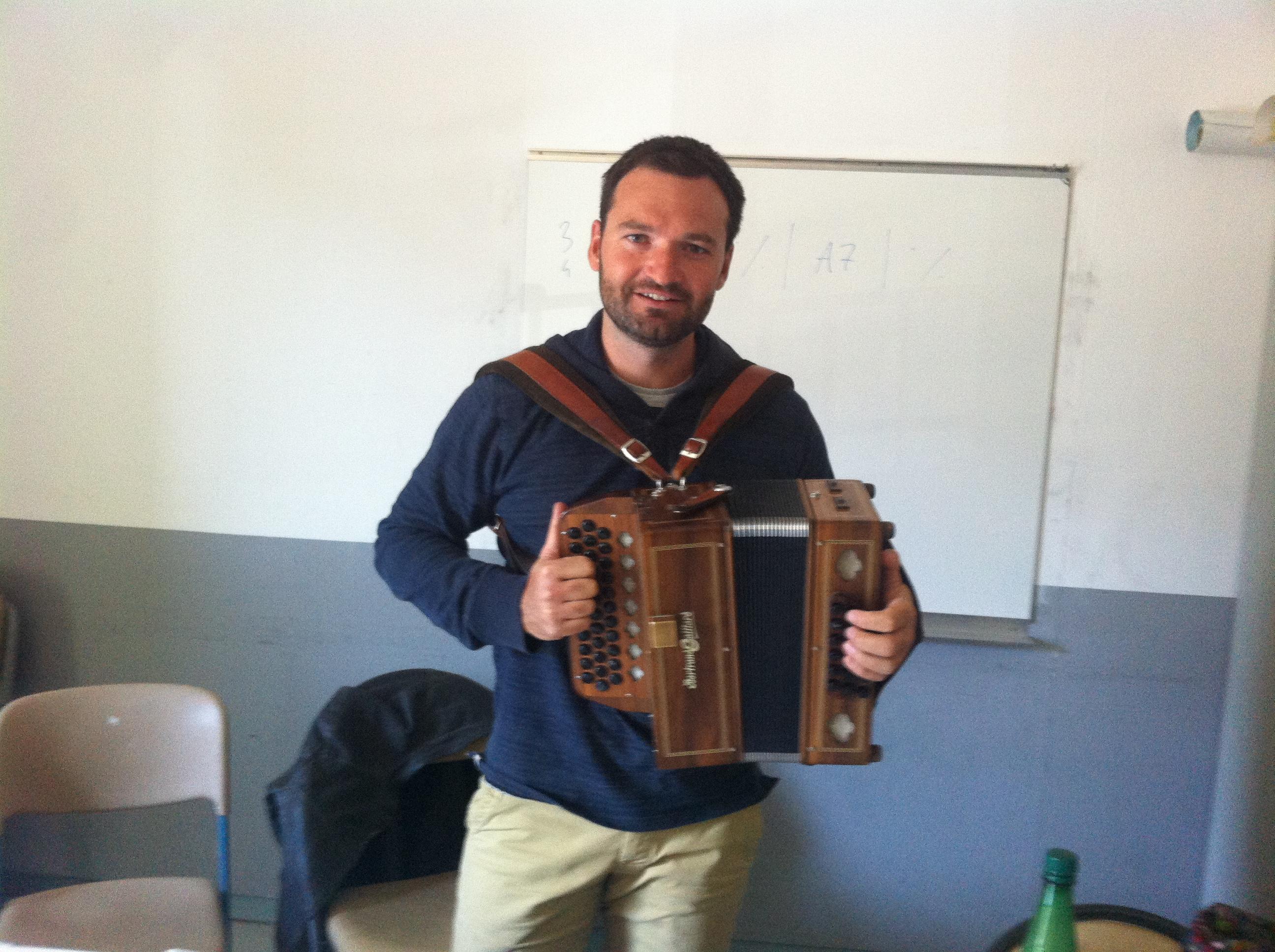Guillaume et son accordéon !