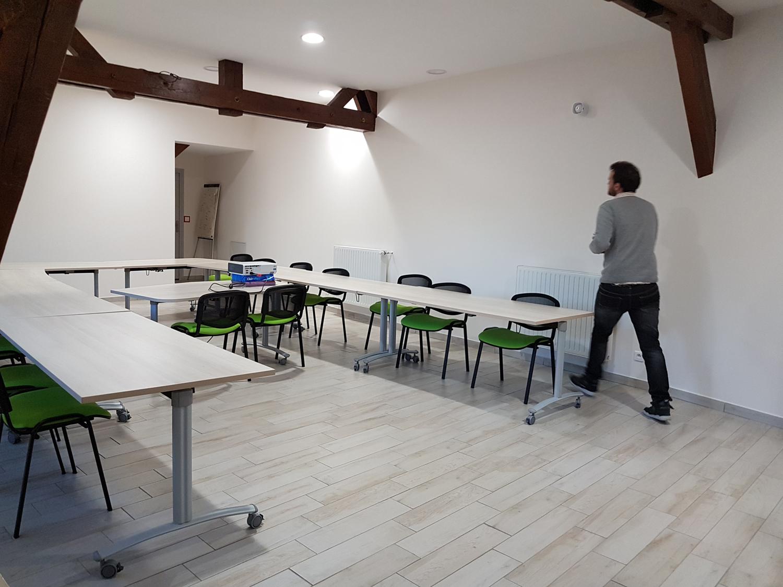 La salle de réunion à l'étage