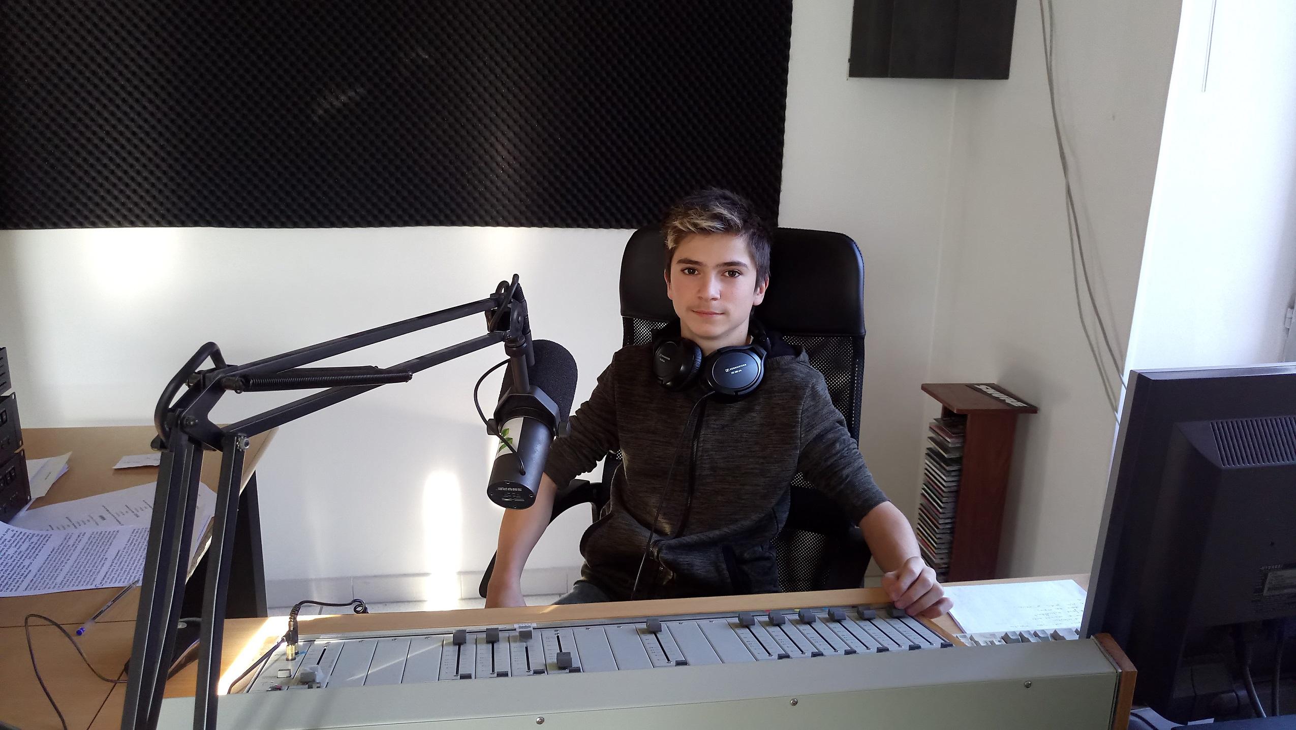 Paul est au collège à Manosque; il a passé une semaine dans notre radio…