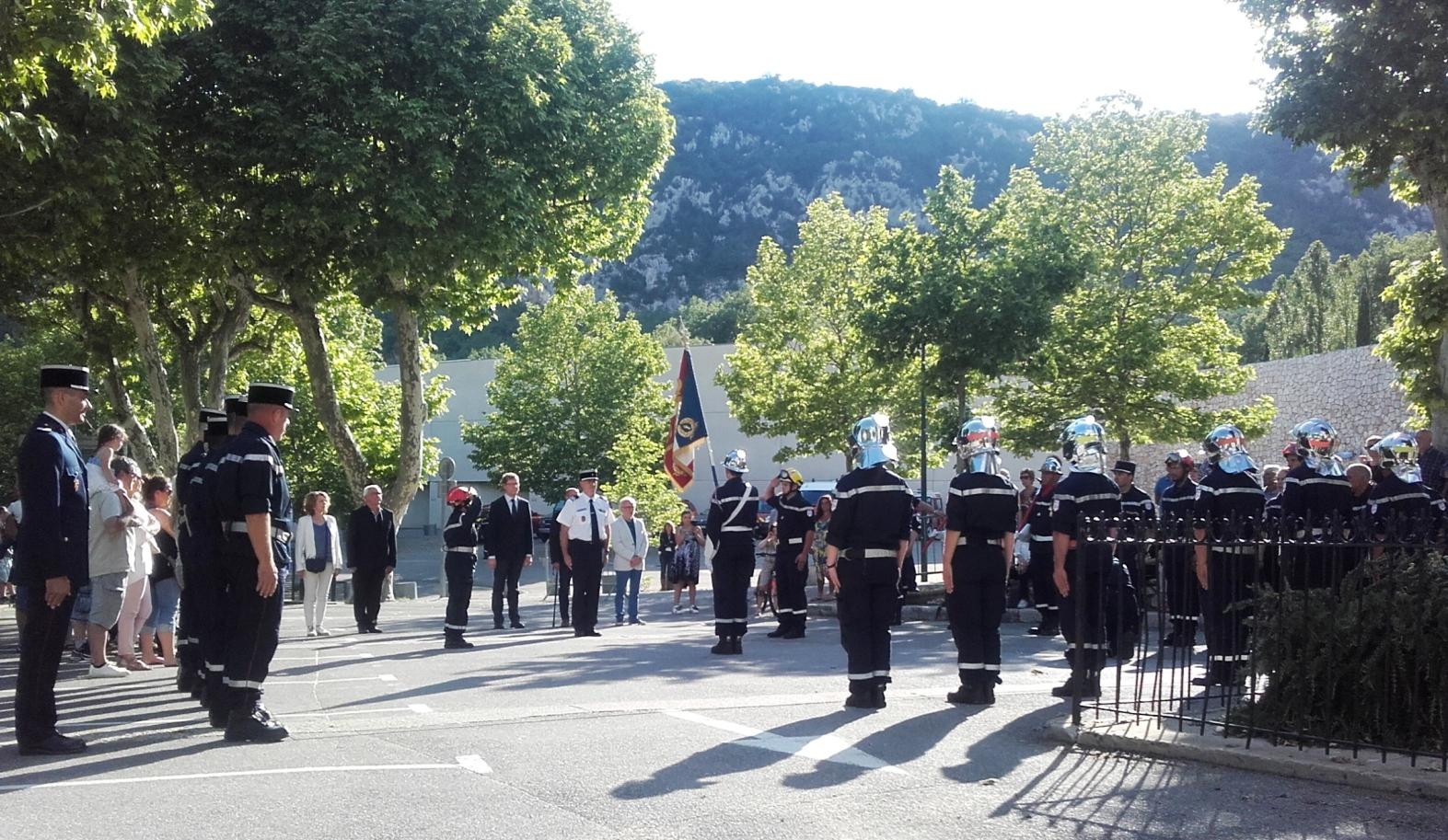 Une passation de commandement émouvante chez les pompiers de Quinson